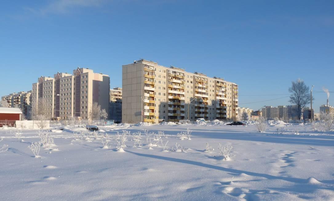 O distrito de Lasnamägi, em Tallinn, na Estônia, é conhecido por seus enormes conjuntos habitacionais, herança arquitetônica dos tempos de União Soviética Foto: Dimitri G / Wikimedia Commons