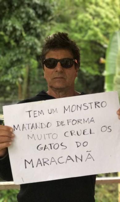 O ator e cantor Evandro Mesquita também aderiu a campanha contra a matança de gatos dentro do Maracanã Divulgação