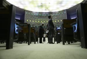 Sessão plenária da Câmara com a presença de poucos deputados. Foto: Jorge William / Agência O Globo