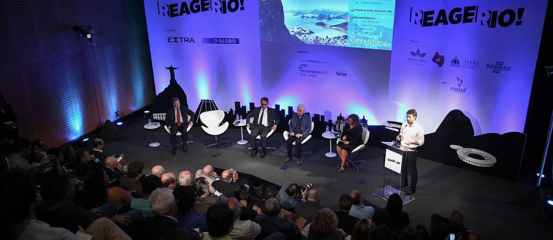 O painel sobre turismo encerrou os debates do segundo e último dia do seminário 'Reage, Rio!', no Museu de Arte do Rio (MAR) Foto: Julio Cesar Guimaraes / Agência O Globo