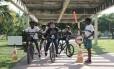 Desde a base. Crianças aprendem brincando sobre as leis do trânsito e a necessidade de boa convivência nas vias entre pedestres, ciclistas e motoristas
