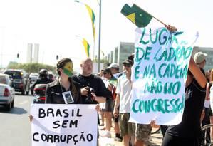 Manifestação contra a corrupção na esplanada dos ministérios durante o desfile de 7 de Setembro., em 2011. Segundo cientista político, os escândalos mostram que as instituições do país necessitam de uma reorganização geral Foto: Givaldo Barbosa