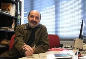 Para o engenheiro Ronaldo Balassiano, o poder público precisa coordenar toda a malha de transportes Foto: Júlio César Guimaraes