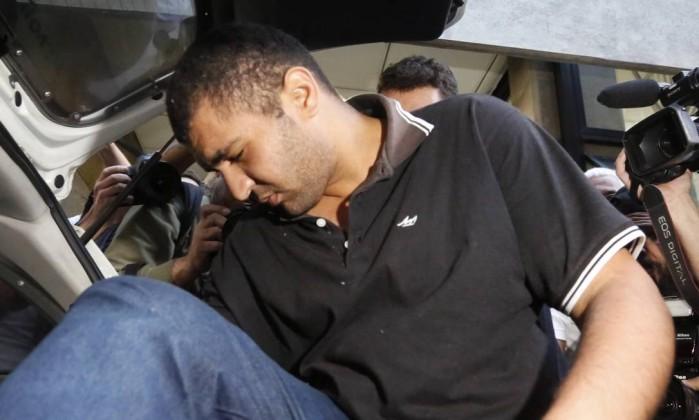 Justiça libera homem que ejaculou em mulher em ônibus de SP