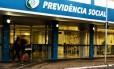 Agência do INSS na 502 Sul, Brasília DF Foto: Jorge William / Agência O Globo