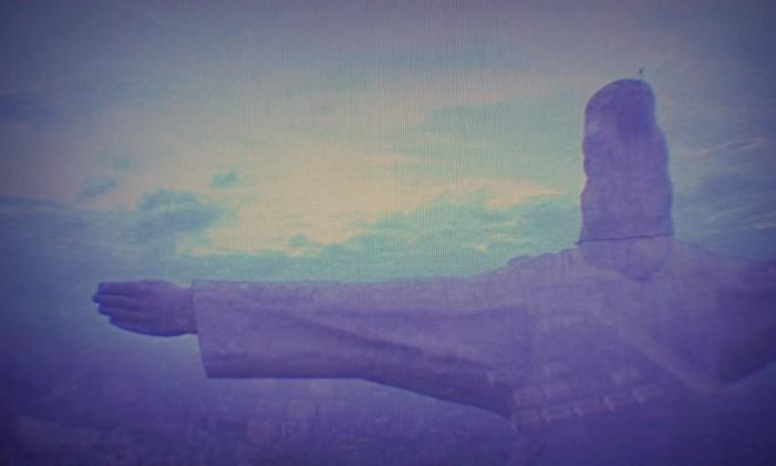 Cristo Rey, de Cali, na abertura de 'Narcos' Foto: Reprodução