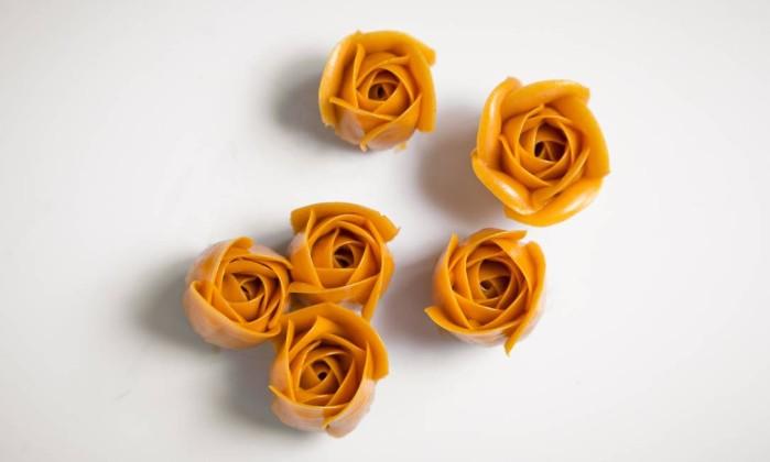 Resultado de imagem para Conheça o 'flower cake', amelia lino