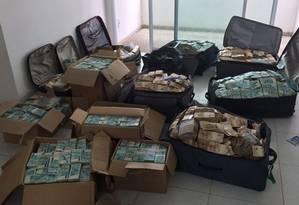 A PF chegou a um endereço em Salvador/BA, que seria, supostamente, utilizado por Geddel Vieira Lima para armazenagem de dinheiro em espécie. Foto: Polícia Federal / Agência O Globo