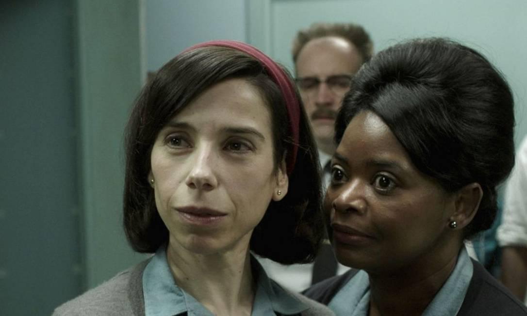 """Sally Hawkins, à esquerda, e Octavia Spencer em """"The Shape of water"""", de Guillermo Del Toro Foto: AP"""
