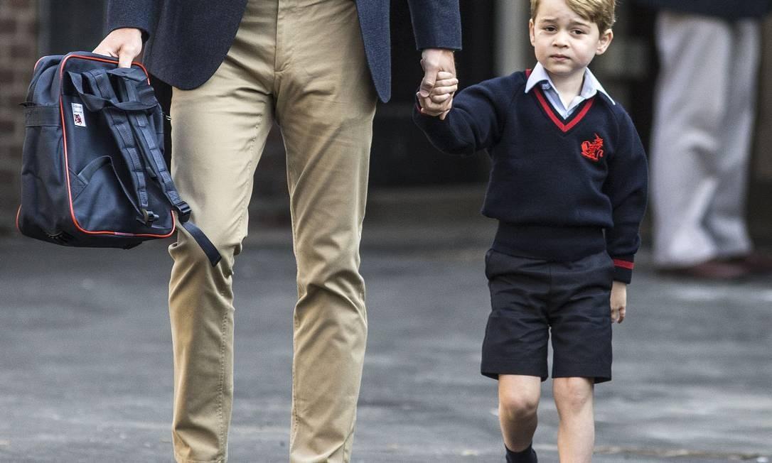 George com semblante emburrado com a novidade RICHARD POHLE / AFP