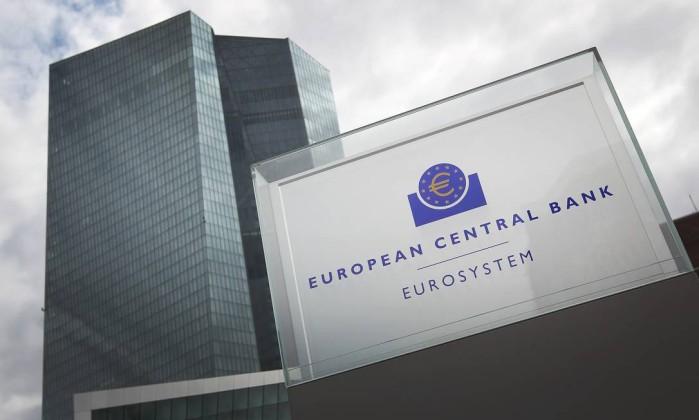BCE revê em alta crescimento da zona euro para 2,2% este ano