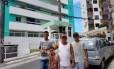 Udson Magalhães levou os filhos ao prédio onde foram encontrados R$ 51 milhões para dar uma lição sobre honestidade