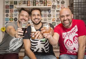 Barroso, Flavio e Baruffa comemoram sucesso em apenas um ano da OverHop Foto: Agência O Globo / Analice Paron