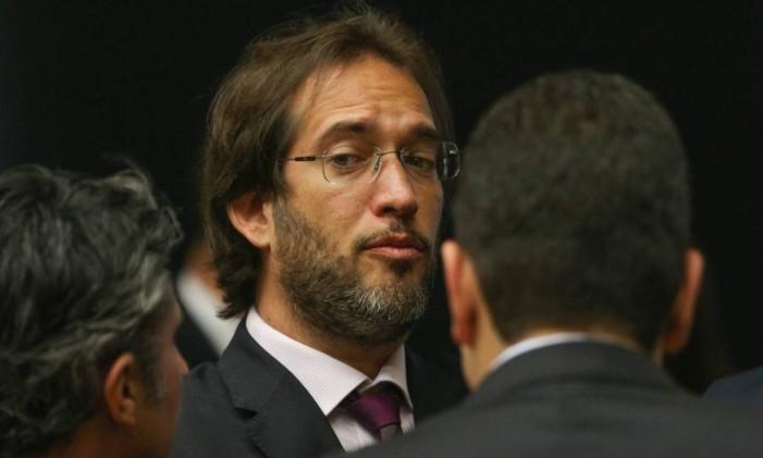 O escritório liderado por Pierpaolo Bottini foi contratado pelos empresários Joesley e Wesley Batista Foto: André Coelho / Agência O Globo