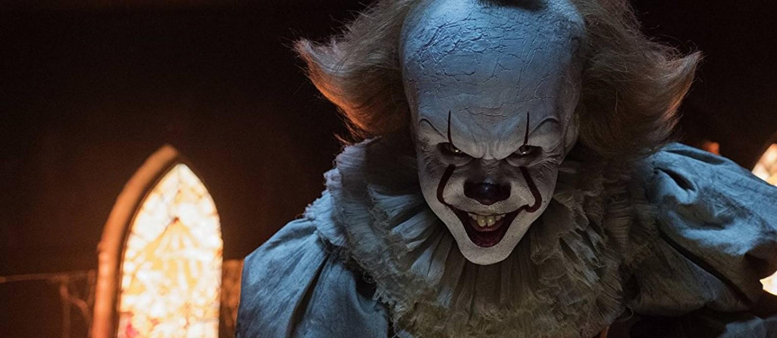 O ator sueco Bill Skarsgård como o palhaço macabro Pennywise, de 'It: A coisa' Foto: Divulgação