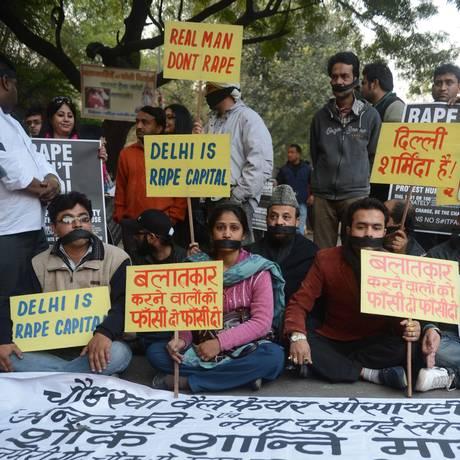 Manifestantes contra violência sexual na Índia Foto: RAVEENDRAN / AFP
