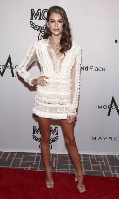 Kaia Gerber no tapete vemrelho do Fashion Media Awards Andy Kropa / Andy Kropa/Invision/AP