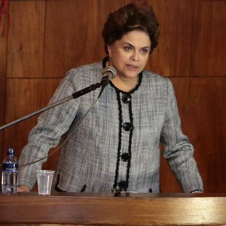 Ex-presidente Dilma Rousseff durante ato do Partido dos Trabalhadores na ABI - 31/08/2017 Foto: Thiago Freitas / Agência O Globo
