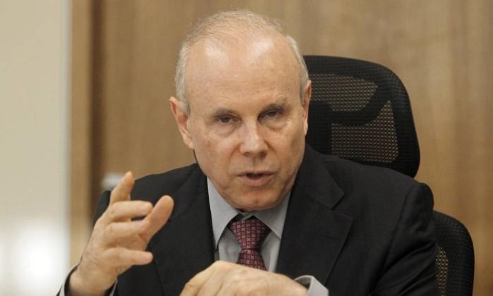 Ministério Público denuncia Guido Mantega e mais treze