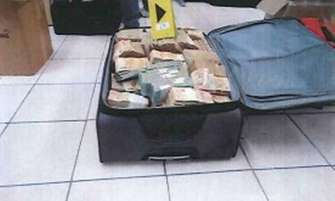Após a prisão, Geddel foi transferido de Salvador para Brasília Reprodução/PF
