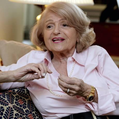 Edith Windsor, durante entrevista em 2012, em seu apartamento em Nova York Foto: Richard Drew / AP/12-12-2012