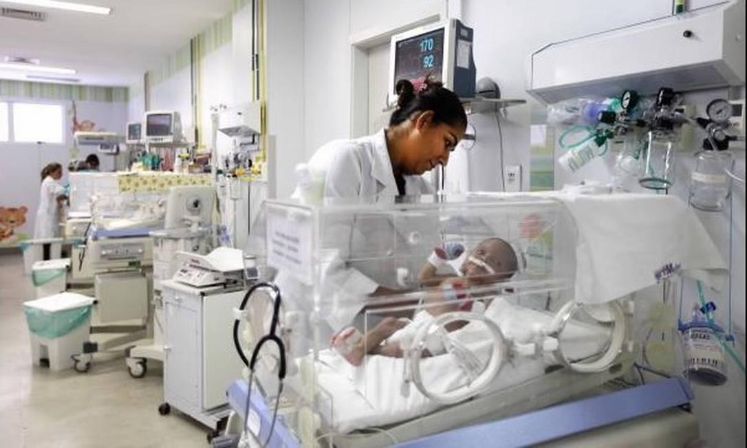 UTI neonatal no Rio de Janeiro: redução da mortalidade infantil é uma das metas que mais de 60% dos países devem alcançar até 2030 Foto: / Arquivo
