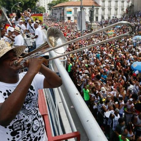 Foliões no Cordão da Bola Preta (06/02/2016) Foto: Pablo Jacob / Agência O Globo