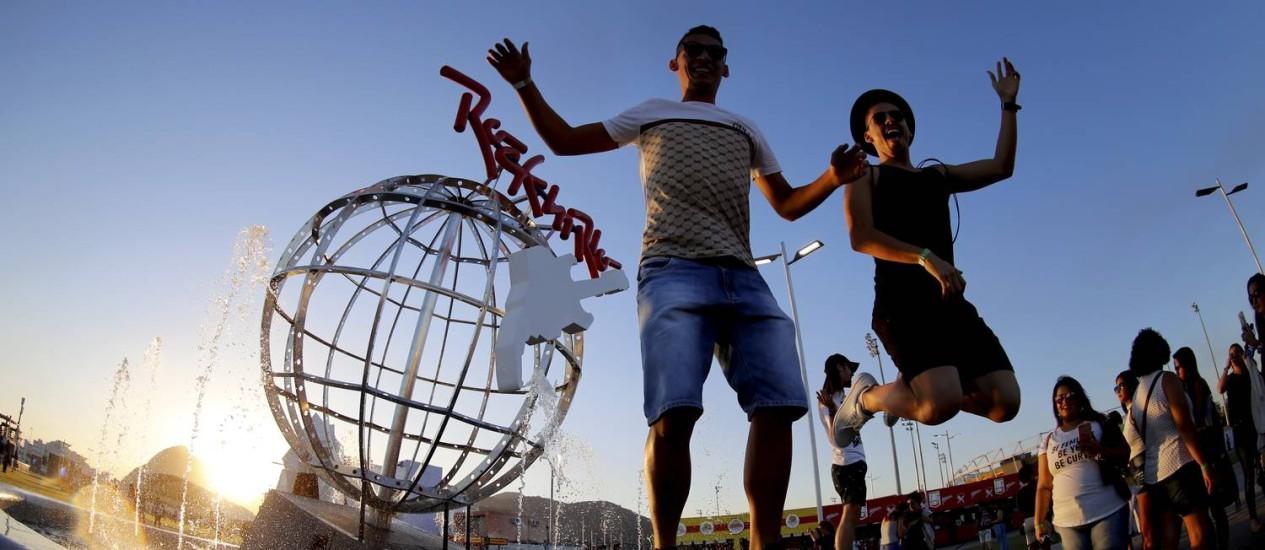 Público poderá retirar pulseiras na Cidade do Rock a partir desta sexta-feira Foto: Marcelo Theobald / Agência O Globo