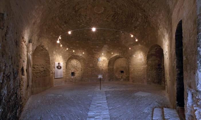 """Interior do Château d'If, a """"prisão do Conde de Monte Cristo"""", na França Foto: Philippe Berthé / Comissão de Monumentos Nacionais/Divulgação"""