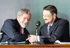 Lula em Palocci em 2003: PT no governo Foto: Gustavo Miranda / Agência O Globo / 25-6-2003
