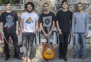 A banda, uma das promessas da cena de rock de Niterói, tocará no festival Sounds Foto: Agência O Globo / Analice Paron/08-05-2017