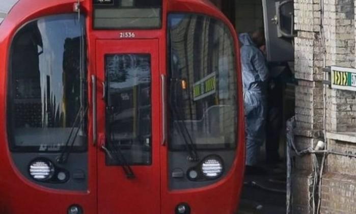 Nível de alerta terrorista desce de severo para crítico — Londres