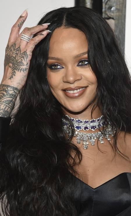 Close na beleza de Rihanna Foto: Evan Agostini / Evan Agostini/Invision/AP