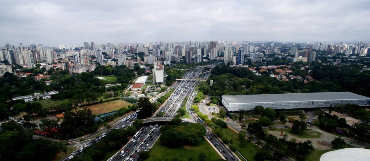 Vista aérea da região do Ibirapuera em São Paulo Foto: Fernando Donasci / Agência O Globo/28-10-2015
