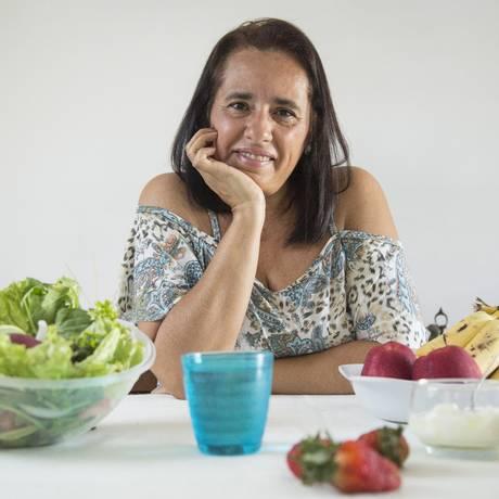 Patricia perdeu 13 quilos em três meses após desistir de dietas da moda e adotar refeições equilibradas Foto: Ana Branco / Agência O Globo