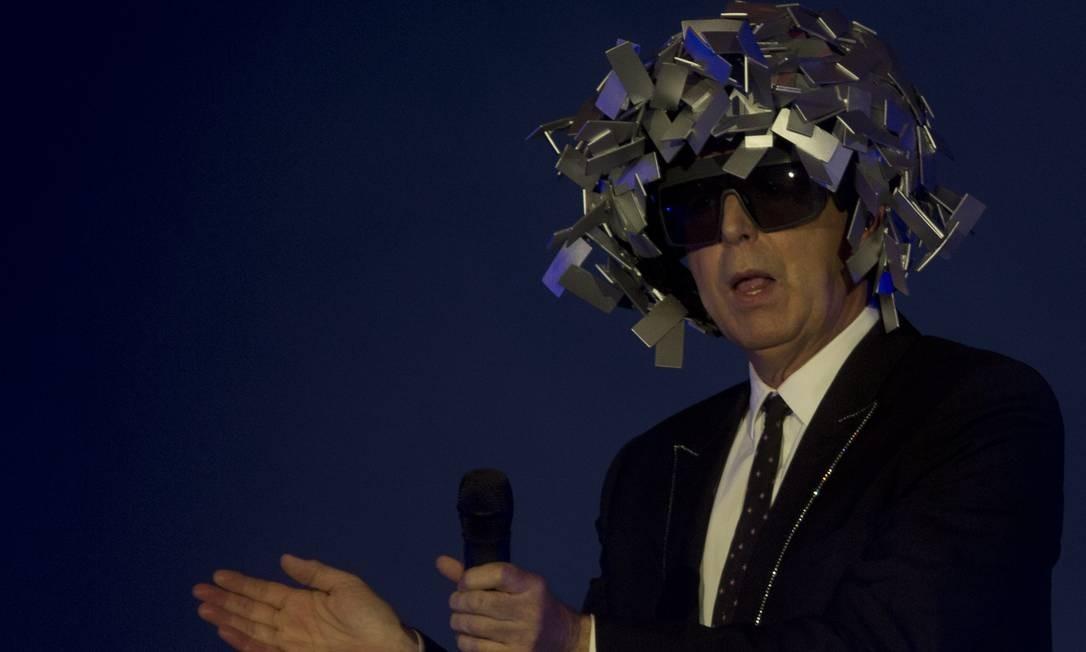 Neil Tennant, vocalista da dupla do Pet Shop Boys, comandou um show com sabor de nostalgia para o público Foto: Antonio Scorza / O Globo