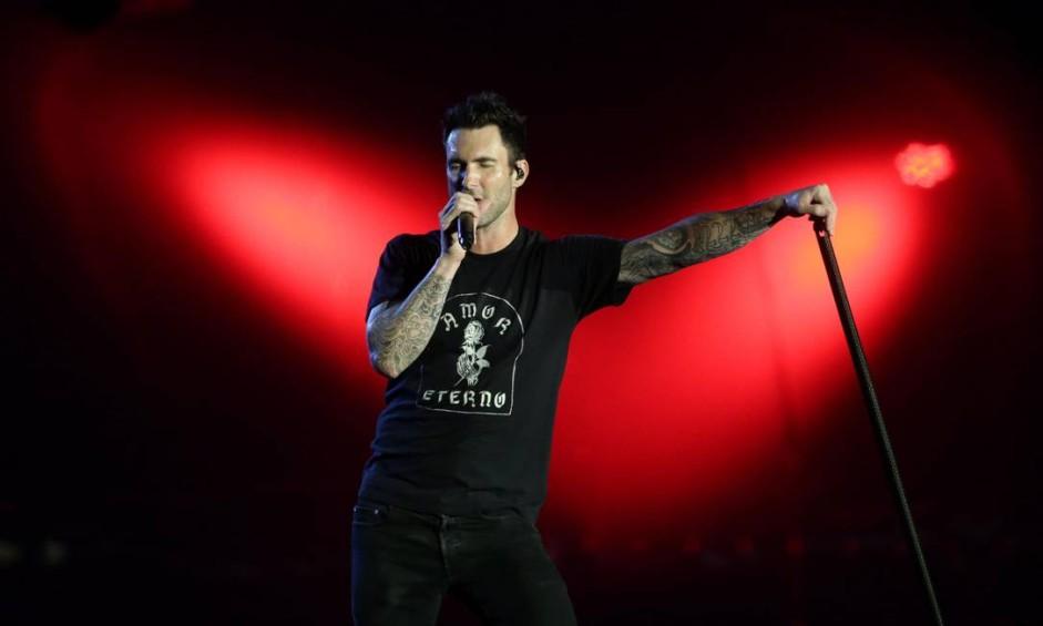 RS - Rio, 15/09/2017, Rock in Rio 2017 / Maroon 5 - Show do Maroon 5 no palco Mundo no primeiro dia do Rock in Rio 2017. Na foto, o vocalista Adam Levine. Foto: Márcio Alves / Agência O Globo Foto: Márcio Alves / Agência O Globo