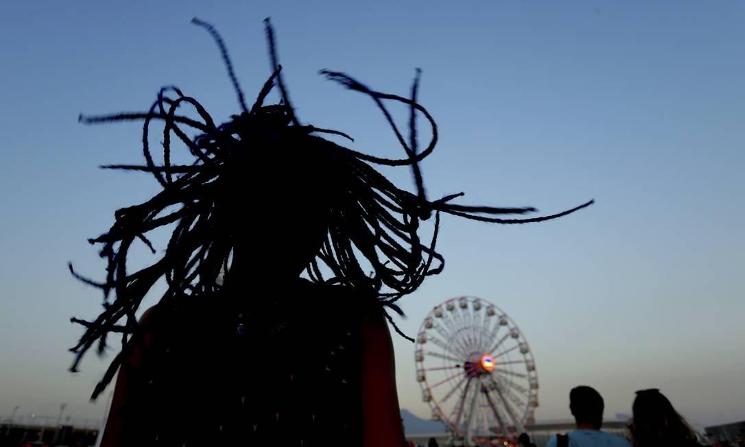 É permitido bater cabelo na Cidade do Rock Foto: Marcelo Theobald / Agência O Globo