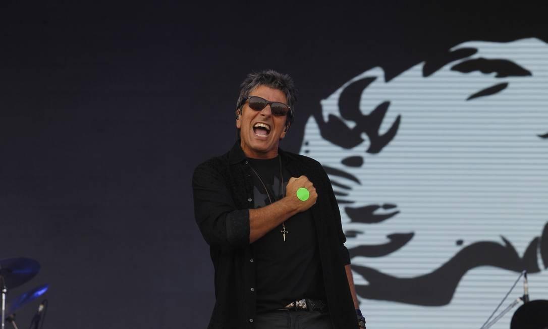 Evandro Mesquita cantou sucessos e recebeu convidados Foto: Pedro Teixeira / Agência O Globo