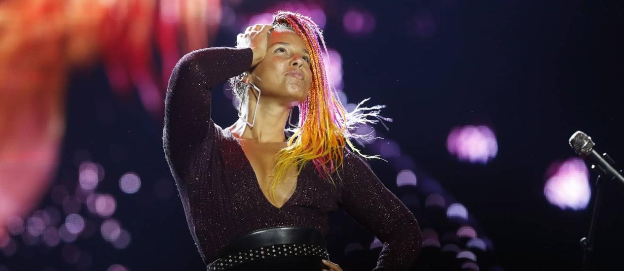 No auge, Alicia Keys esbanja musicalidade, simpatia e consciência ecológica no Rock in Rio Foto: Marcelo Theobald / Agência O Globo