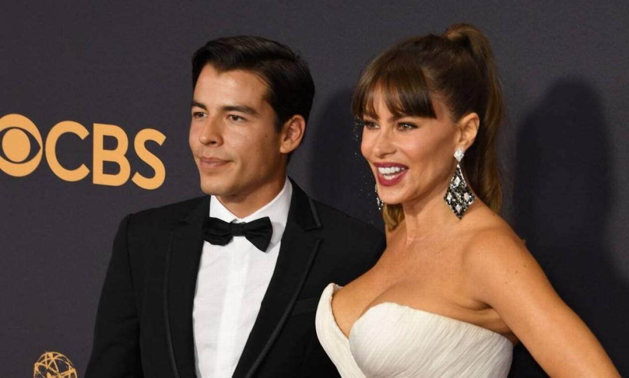 Manolo tem 26 anos também é a brincadeira em Hollywood é de que os dois, na verdade, são irmãos Foto: MARK RALSTON / AFP