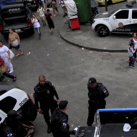 A movimentação na Favela da Rocinha na manhã desta segunda-feira Foto: Uanderson Fernandes / Agência O Globo