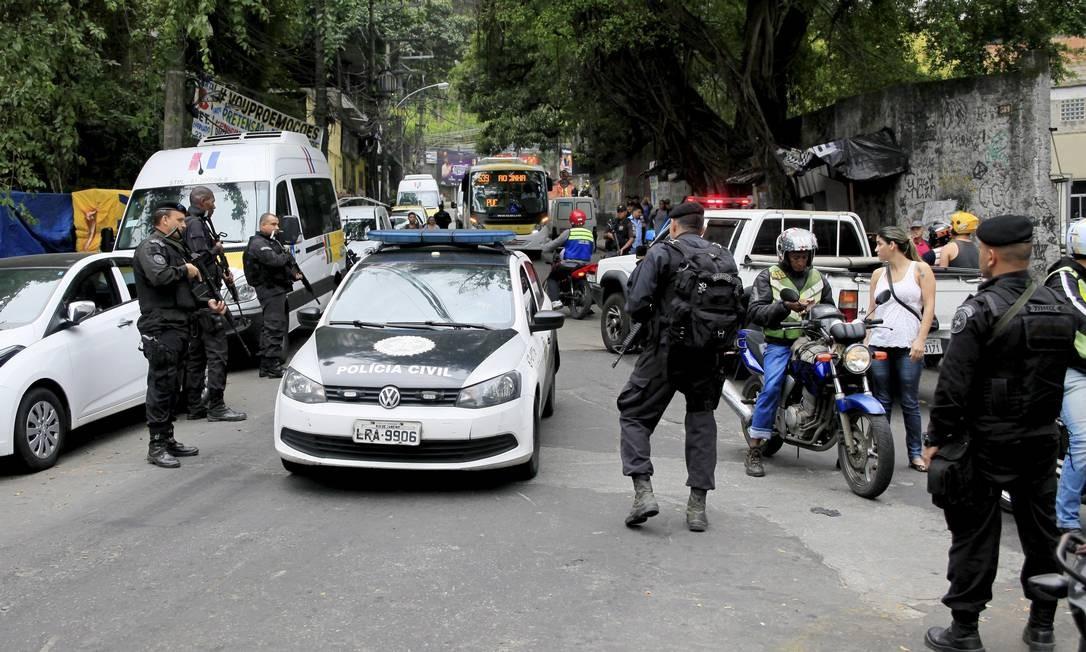 Operação policial na Rocinha, um dia após invasão de traficantes Foto: Uanderson Fernandes / Agência O Globo