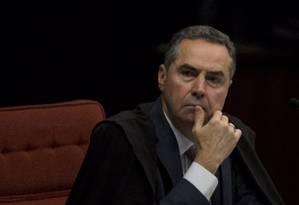O ministro Luís Roberto Barroso, em sessão do STF Foto: Michel Filho / Agência O Globo/27-06-2017