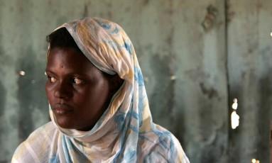 Taube Hmeid, da Mauritânia, já viveu sob escravidão. Rafael Marchante/Reuters/21-11-2006