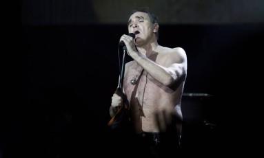 Morrissey durante show no Metropolitan, em 2015 Foto: Mônica Imbuzeiro / O Globo