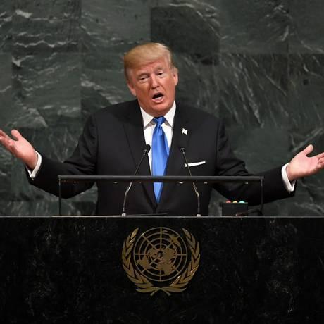 O presidente dos EUA, Donald Trump, discursa na 72ª Assembleia Geral da ONU, em Nova York Foto: TIMOTHY A. CLARY / AFP