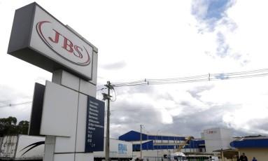 Fábrica da JBS na cidade de Lapa, no Paraná Foto: Ueslei Marcelino / REUTERS