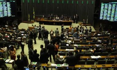 Câmara rejeita a proposta de mudança do sistema eleitoral para o distritão Foto: Jorge William / Agência O Globo