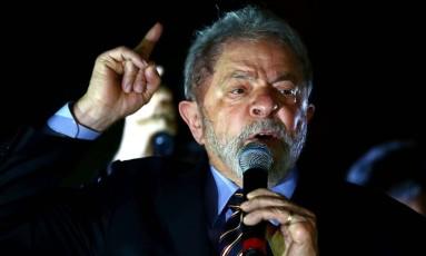 O ex-presidente Lula discursa em Curitiba Foto: HEULER ANDREY / AFP/13-09-2017